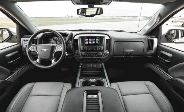 2018 Chevrolet Silverado 2500 AND 3500 HD Interior