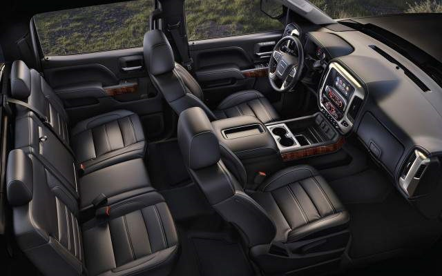 2018 GMC Sierra 2500 HD Interior