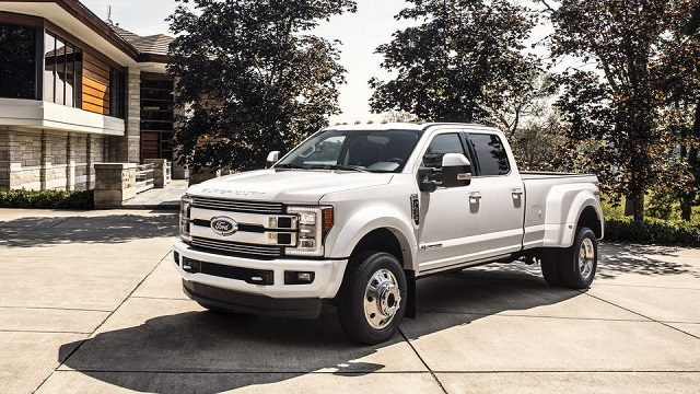 2018 Ford Super Duty Side View