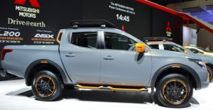 2018 Mitsubishi L200 Side View