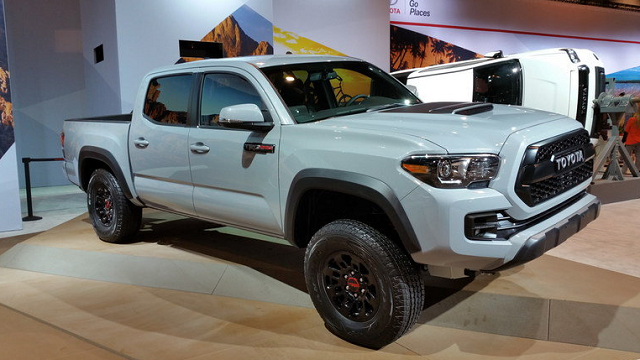 2018 Toyota Tacoma TRD Side View