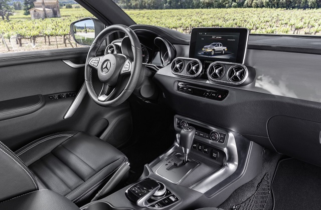 Mercedes Pickup Truck Interior
