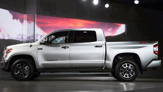 2019 Toyota Tundra CrewMax Cab Side View
