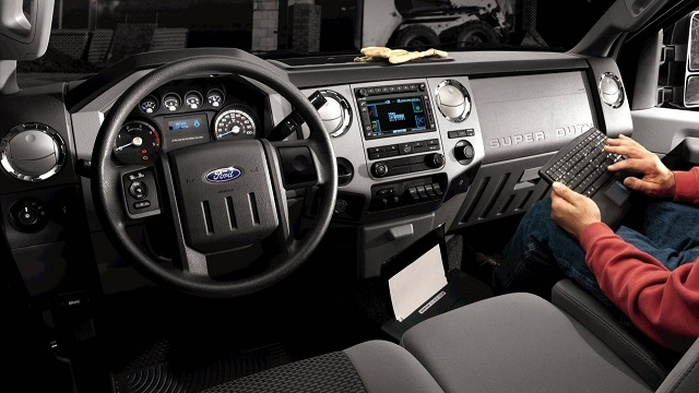 2019-Ford-F-250-interior-design